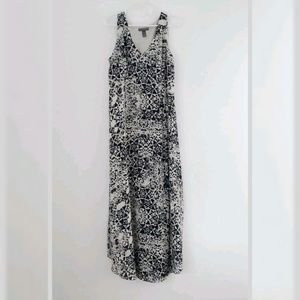 A pea in the Pod Sleeveless  Maxi Dress Medium